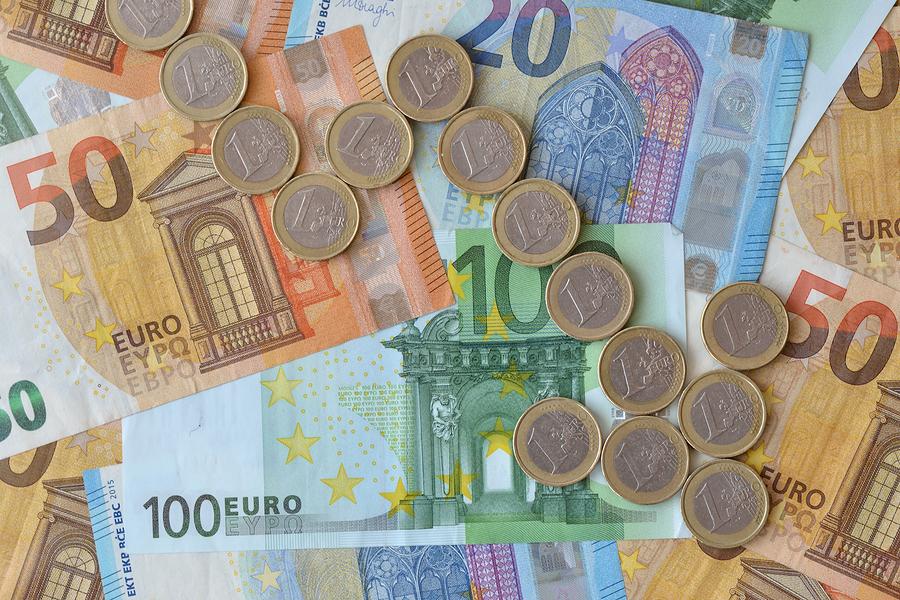 Stockfoto-ID: 290888341 Copyright: CalypsoArt, Bigstockphoto.com